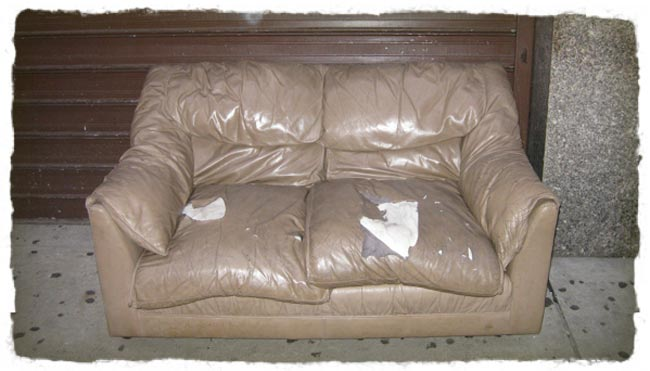 06-browncouch