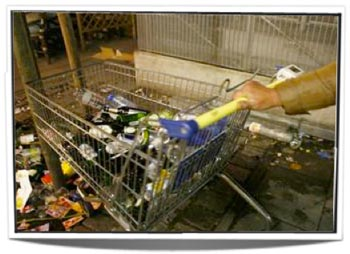06-Shopping-cart-with-bottles