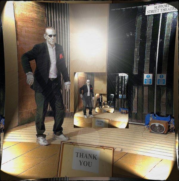02-mirrors-framed